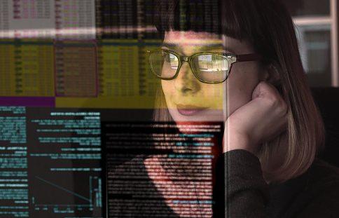 girl looking at screen